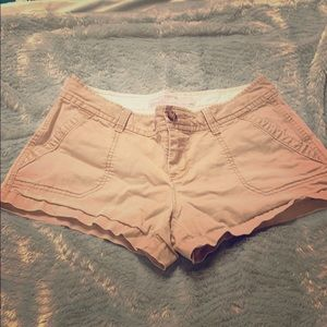 Old Navy low rise shorts. Size 4. Tan.
